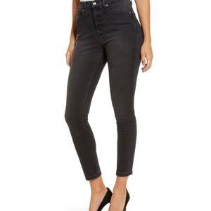 NWOT Good American Good Legs Crop Skinny Jeans